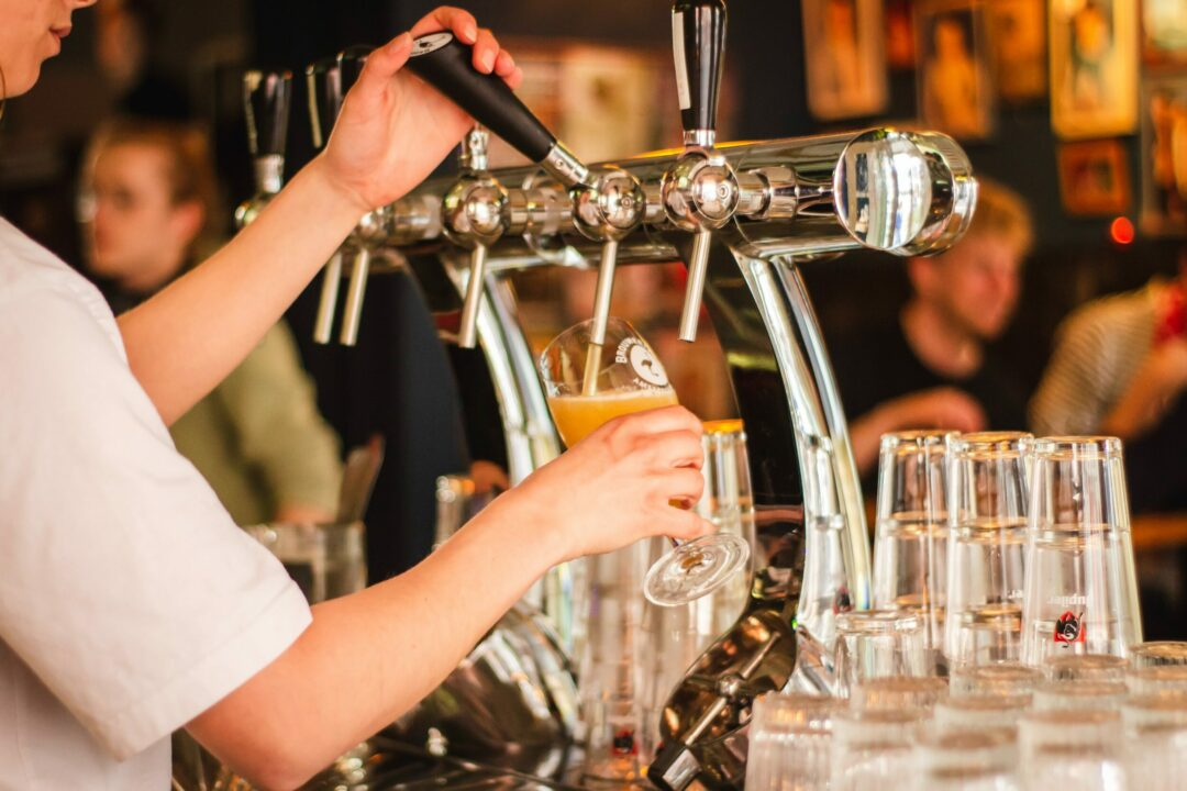 Pint perfection - pouring the perfect pint in a pub